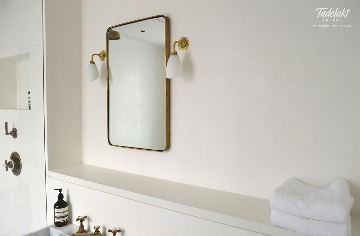 Natural White En Suite Shower Tadelakt London