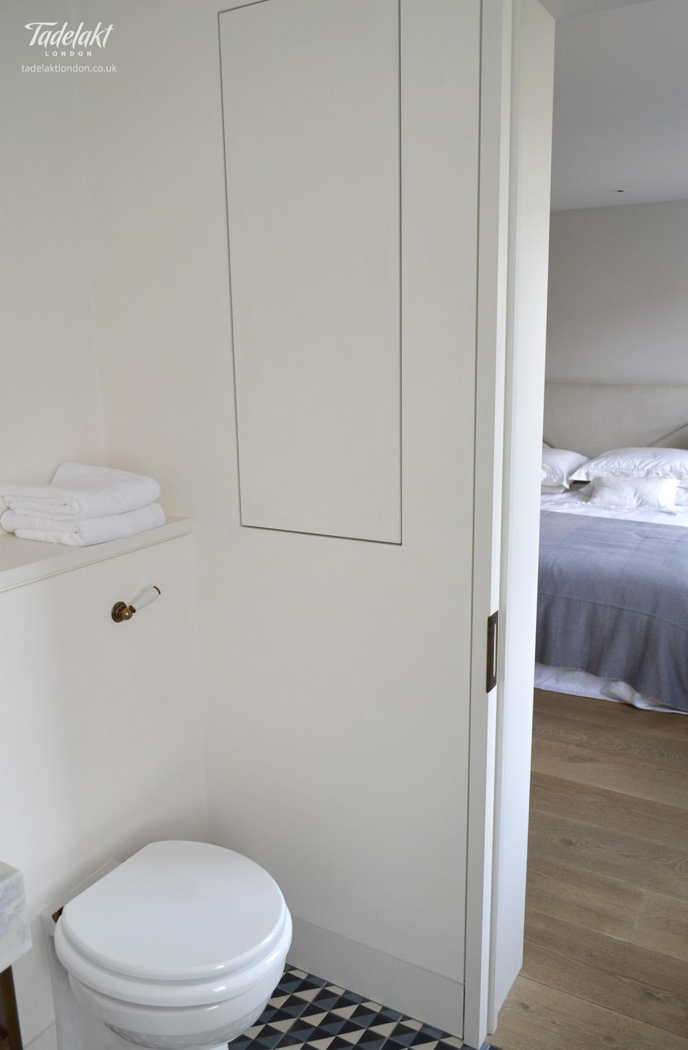 Natural White En Suite Shower. Bathroom.  Tadelakt_Natural_White_En_Suite_Shower_04.  Tadelakt_Natural_White_En_Suite_Shower_01_alt
